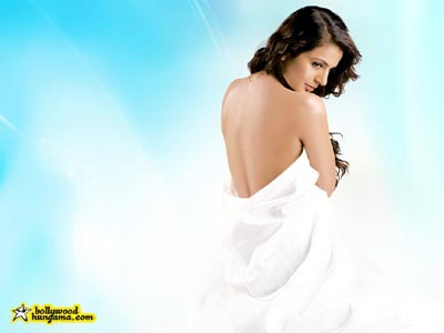 Amisha Patel photos